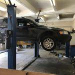 Замена амортизаторов и ступичного подшипника Volvo XC70 CC